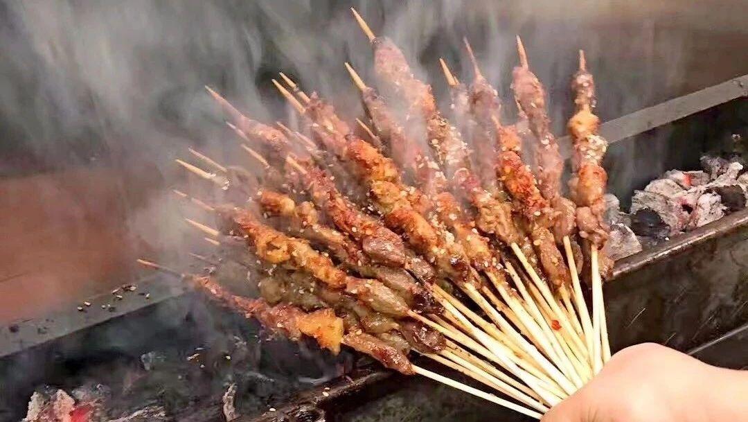西雅图新开了东北烧烤店! 羊腰牛筋新奥尔良烤翅, 串串香钵钵鸡生蚝板筋