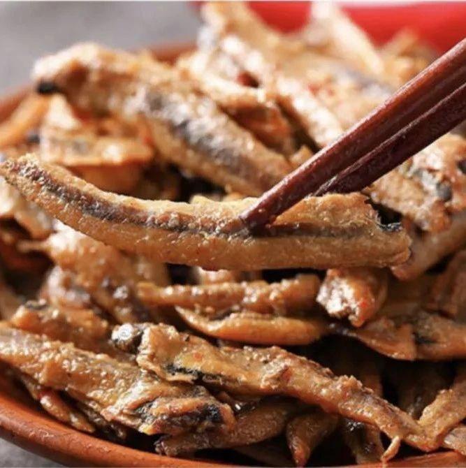 小卖部上新: 「来伊份」香辣金针菇, 油焖春笋, 卫龙香辣小鱼吃货宅家不愁