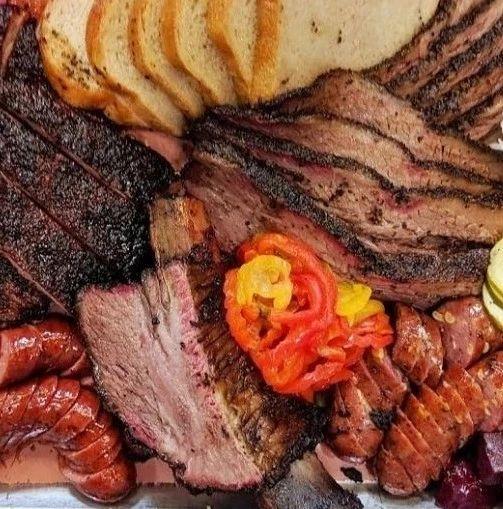 """多伦多这家""""神级烤肉店""""火遍微博B站,每天8点开始排队,感受滋滋冒油大口吃肉的快感!"""