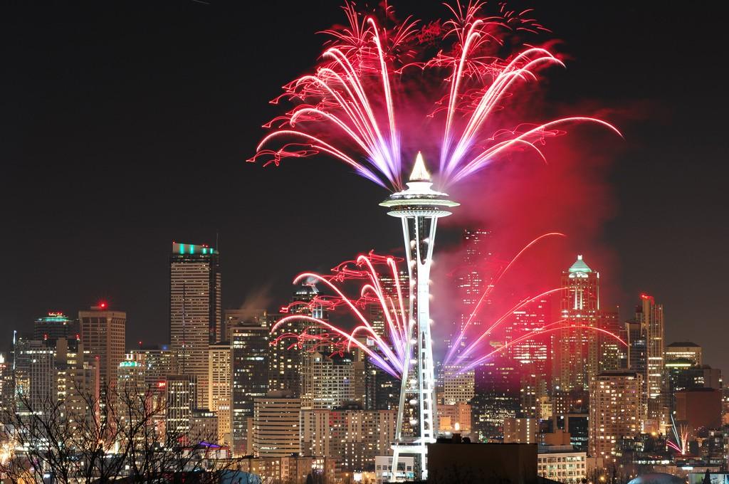 Sleepless in Seattle | Fireworks cruise restaurant ...